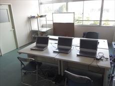 9.パソコン室